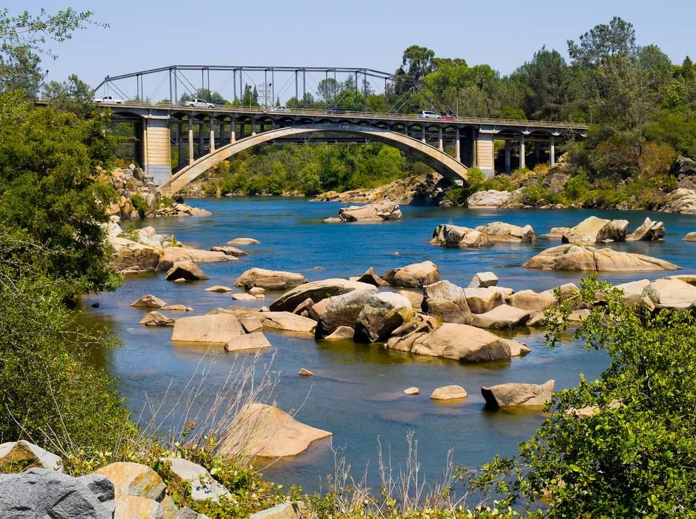shutterstock folsom bridge